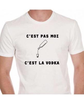 T-shirt C'est pas moi c'est la vodka